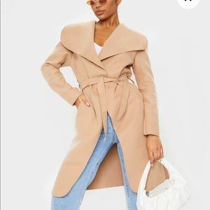 NWT Pretty Little Thing• Camel Waterfall Coat